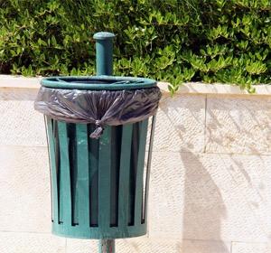 corbeilles et poubelles de ville