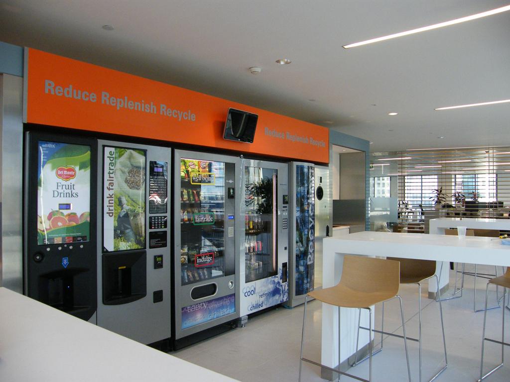 distributeur automatique avec consigne