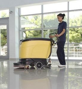 Auto-laveuse pour le nettoyage des locaux professionnels